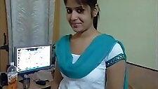 Tamil girl hot phone talk