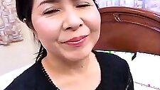 Japanese AV Model hot mature Asian housewife gives blowjob