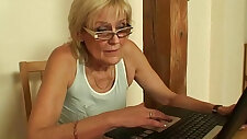 He screws porn loving mother in law